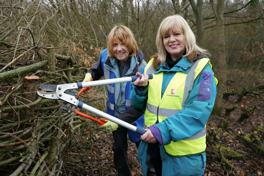 Cllr Shelley Powell with Chair of Halewood Park Volunteers, Janet Markey.